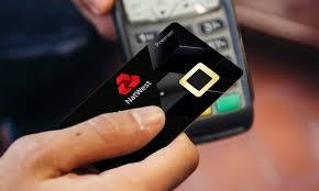 Photo of بنك بريطاني يبدأ اختبار بطاقات ائتمان مع حساس بصمة مدمج