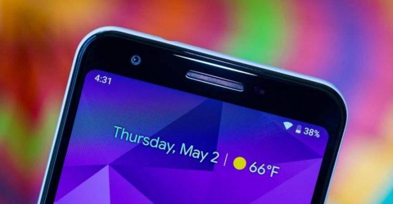 """جوجل"" تؤكد اختبارها هاتف Pixel قابل للطي"