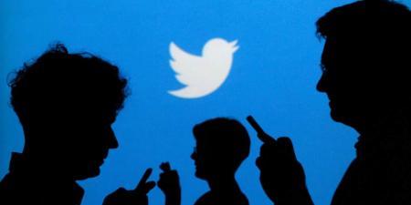 """""""تويتر"""" شاركت بيانات المستخدم دون إذن"""