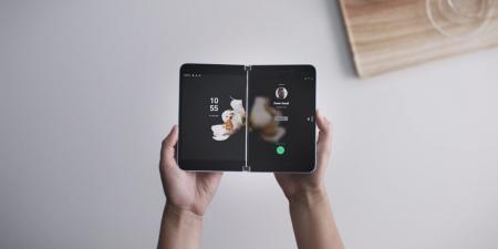 مايكروسوفت تعلن عن هاتف ذكي وحاسوب قابلين للطي