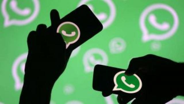لبنان تعتزم فرض رسوم على الاتصال عبر واتساب