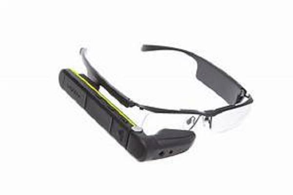 Vuzix تعلن عن نظارات ذكية بتقنية microLED
