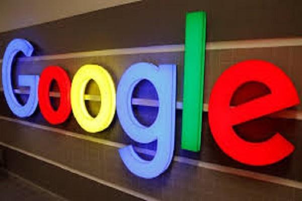 غوغل تقيل باحثة ذكاء اصطناعي