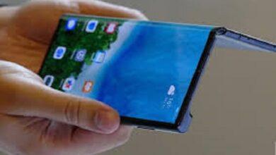 Photo of هواوي تكشف النقاب عن هاتفها القابل للطي Mate X2
