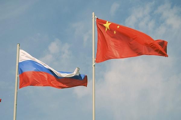 روسيا والصين توقعان اتفاقية لإنشاء محطة قمرية مشتركة