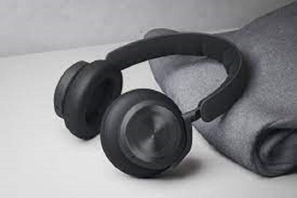 سماعات الرأس Beoplay HX الجديدة من Bang & Olufsen