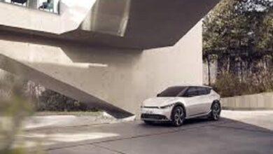 Photo of كيا تعرض صوراً تشويقية لـ EV6.. أولى سياراتها الكهربائية الفائقة