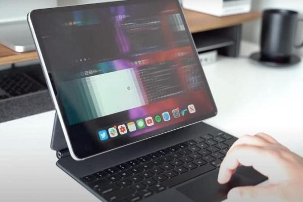 كيفية تغيير طريقة استجابة المفاتيح في لوحة مفاتيح آيباد الخارجية