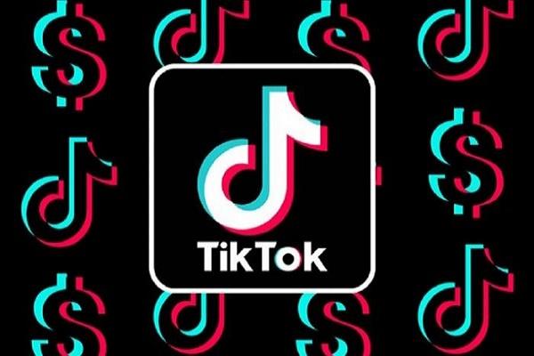 تيك توك تجعل الإعلانات المخصصة إجباريه لمشاهدتها