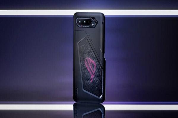 إطلاق هاتف الألعاب الرائد Asus ROG Phone 5 مع مزاياه الجديده