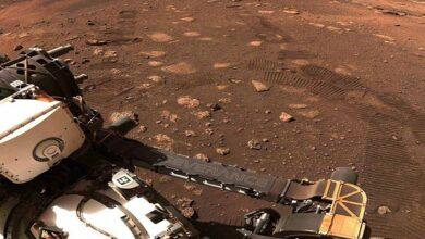 """Photo of الروبوت الجوال """"برسيفرانس"""" يتحرك للمرة الأولى على المريخ"""