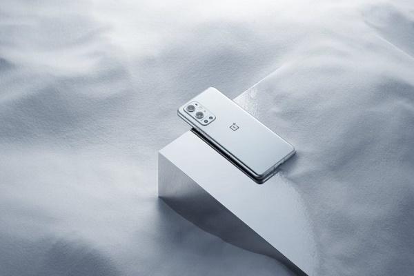 ون بلس تؤكد قدوم هاتف ون بلس 9R المتوسط
