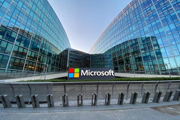 شركة مايكروسوفت تفوز بصفقة قيمتها 22 مليار دولار مع الجيش الأميركي