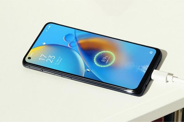 أوبو تكشف عن هاتف Oppo A74 في إصدارين مختلفين 5G و 4G