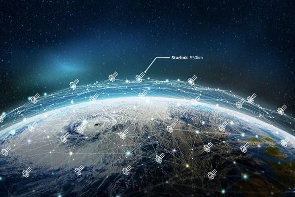 إيلون ماسك : خدمة الإنترنت الفضائي ستغطي كل المناطق نهاية العام
