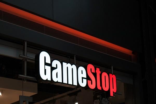 المدير التنفيذي لـ Game Stop يعلن استقالته.. وأسهم الشركة ترتفع 9%