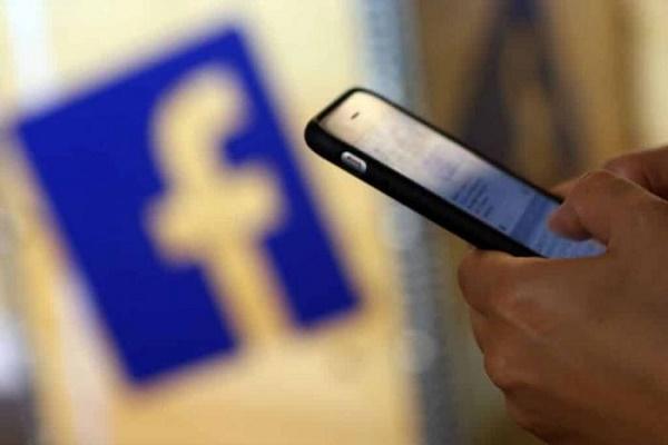 فيسبوك تحذف 16 ألف مجموعة للمراجعات الوهمية