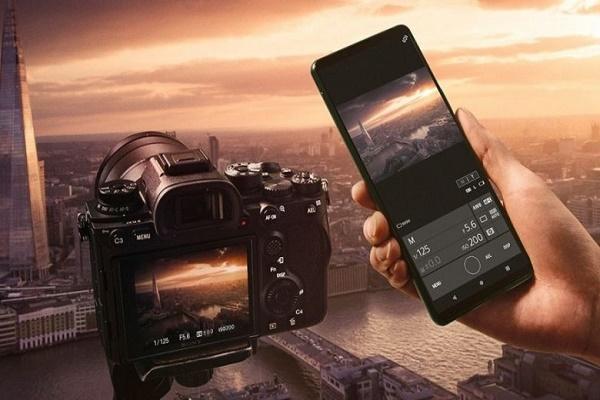 ثلاثة هواتف جديدة قدمتها سوني هذا الشهر بكاميرات مميزة
