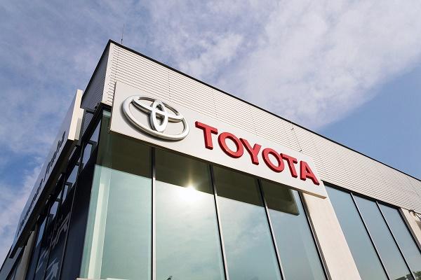 تويوتا تستحوذ على وحدة القيادة الذاتية لشركة Lyft مقابل 550 مليون دولار