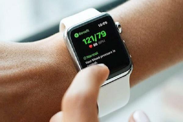 ساعة ابل قد تتمكن من قياس ضغط الدم مستقبلاً!