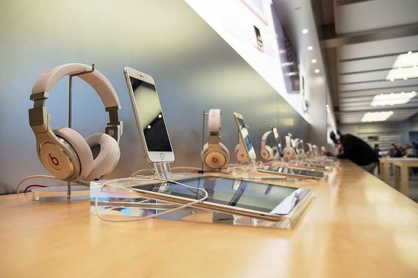 شركة ألمانية ناشئة تتيح استئجار الهواتف الذكية وأجهزة الحاسوب