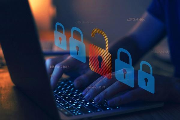 اختراق 4.3 مليار ملف إلكتروني في 5 أشهر ..كيف تحمي نفسك من الهجمات السيبرانية؟