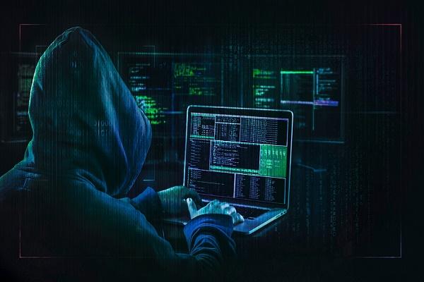 بايدن يطالب بتحقيق حول هجوم إلكتروني جديد أضر بمئات الشركات