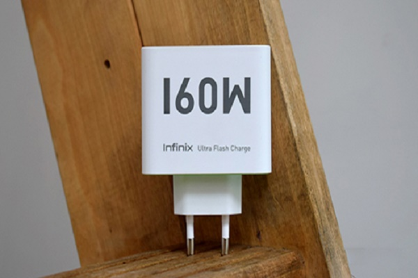 شركة Infinix تطلق تقنية شحن 160 واط لشحن الهاتف من 0 إلى 100%